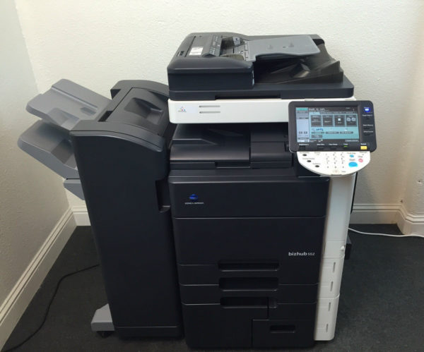Konica Minolta Bizhub 552 B/W Copier Printer Scanner Fax Finisher LOW use 346k